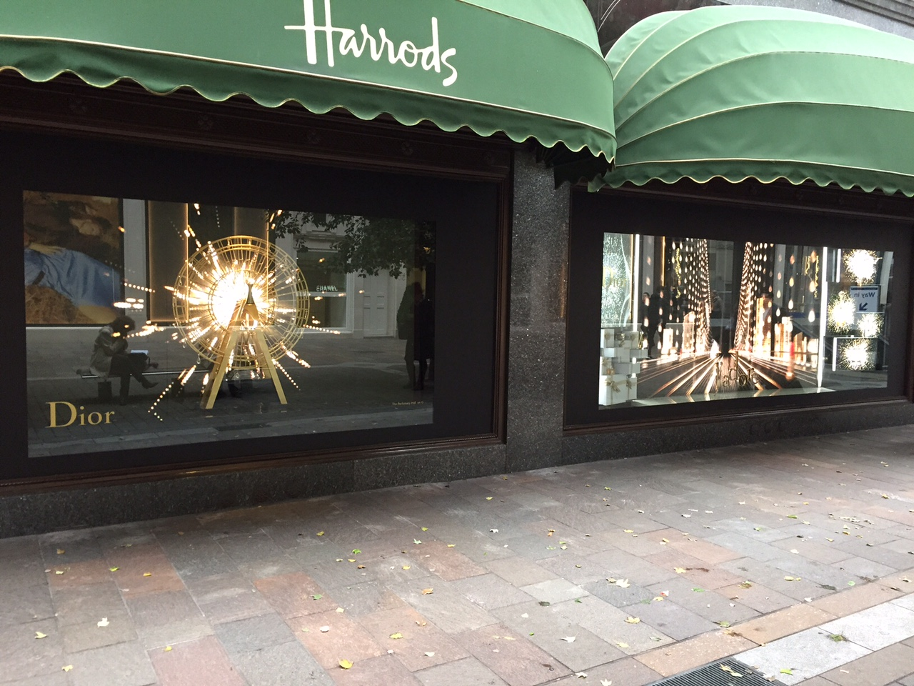 Harrods Teams Up With Dior For Store Takeover Harrods Teams Up With Dior For Store Takeover new pictures